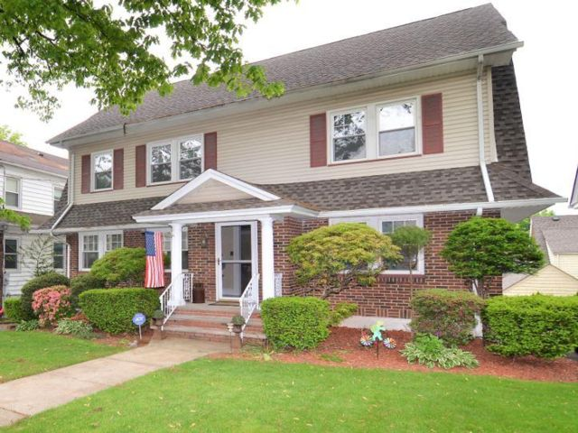 4 BR,  1.50 BTH  Colonial style home in Kearny