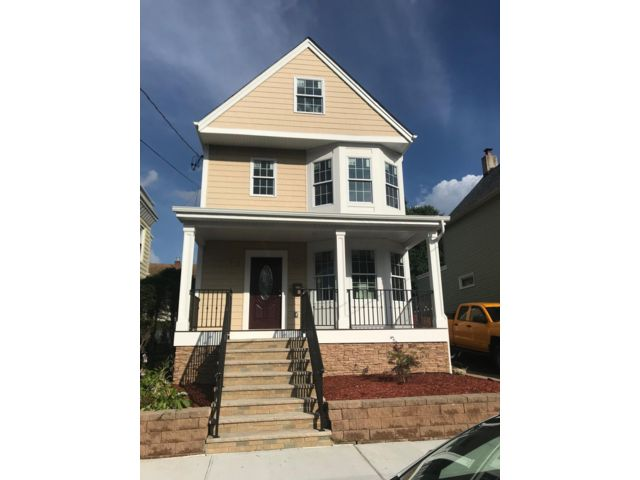 4 BR,  0.00 BTH  2 story style home in Kearny